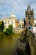 Sur le Pont Charles à Prague