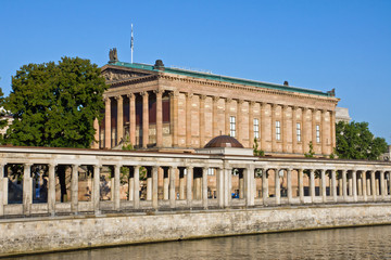 Old Nationalgallery with Colonnades