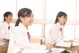 Fototapety 授業を受ける中学生男女