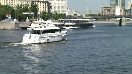 катера на москва реке