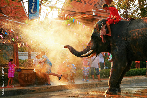 canvas print picture Play with the Chang Songkran water.