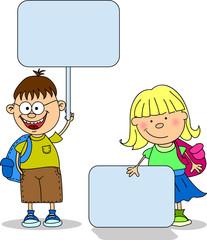 милые дети держали транспаранты