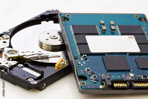 Leinwanddruck Bild SSD vs HDD, new vs old, new technology with no mechanical elemen