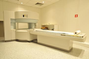Sala d'ospedale per esami TAC 02