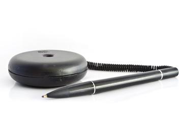 Black Plug the pen