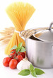 spaghetti, casserole et tomate