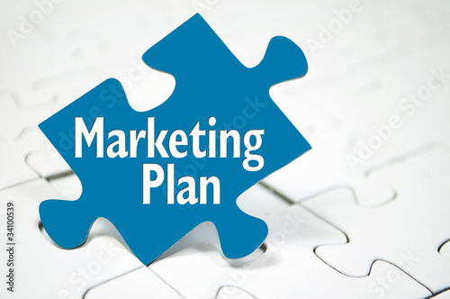 Puzzle mit Marketing-Plan