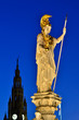wien Parlament Statue