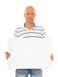 Mann mittleren Alters hält weiße Werbetafel
