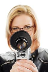 Frau mit Filmkamera