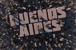 Luftansicht einer Stadt in 3D mit Schriftzug Buenos Aires
