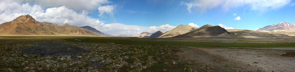 Wide open spaces on Pamir mountains plateau
