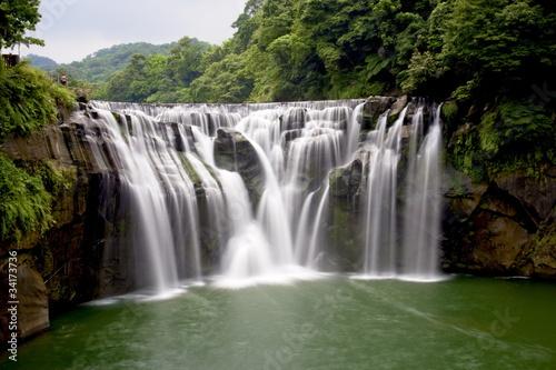 waterfall - 34173736