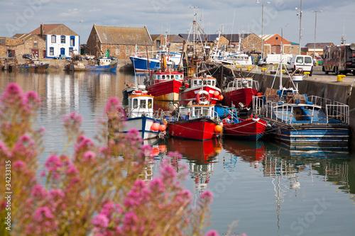 Leinwanddruck Bild Howth harbour