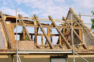 Dachstuhl abbrechen - roof truss demolish 07