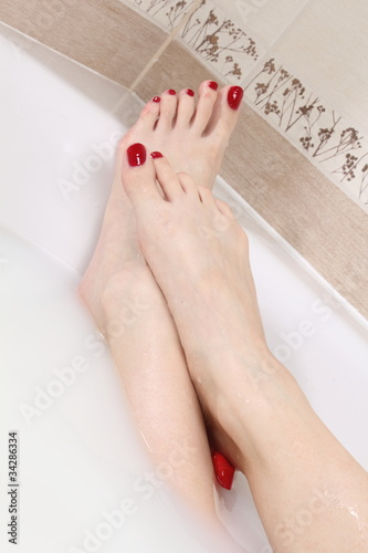 soft feet in milk bath