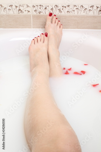 beautiful feet in milk bath