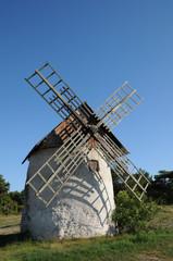 moulin dans l'île de Faro en Suède