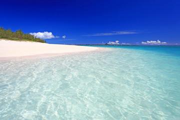 水納島の澄んだ美しい海