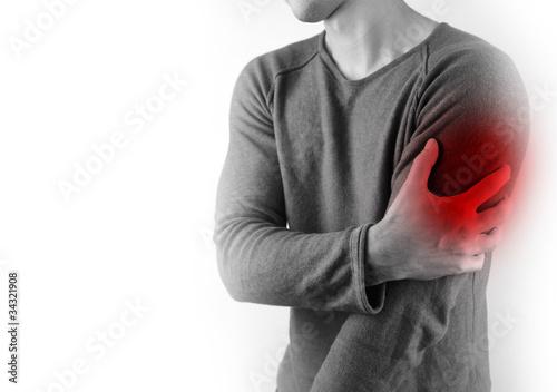 Linker Oberarm schmerzen schmerzende Brust