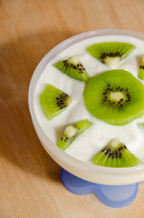 yogurt ai kiwi