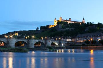 Würzburg, Festung am Abend