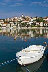 White fishing boat and Seget donji