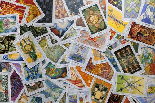 Spread tarot cards
