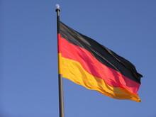 Deutschlandfahne mit Mond