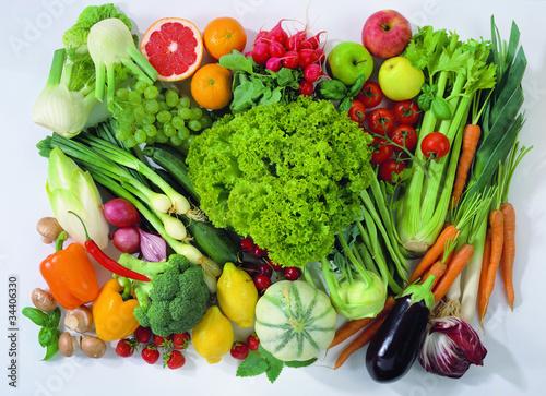 Постер, плакат: Зелень овощи и фрукты, холст на подрамнике