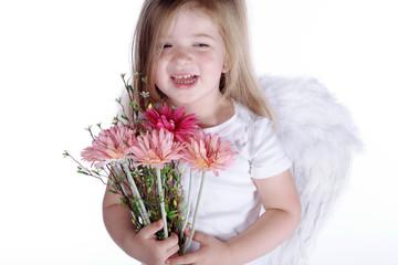 Unschuldsengel mit Blumenstrauß lacht