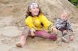 Kinder spielen im Schalmm