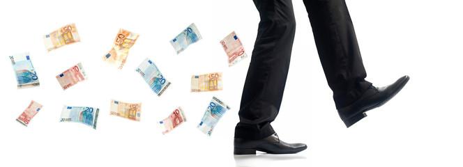 Billets suivant les pas d'un homme d'affaire