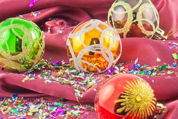 boules Noël confetti satin