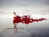 Fototapete Frau - Effekt - Wasser / Strand