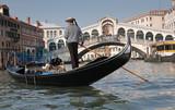 Fototapeta Gondolier, Rialto Bridge, Grand Canal, Venice, Italy
