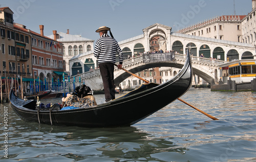 Aluminium Venice Gondolier, Rialto Bridge, Grand Canal, Venice, Italy