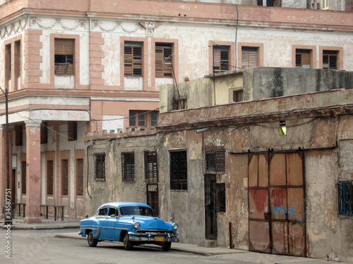 Blue car Havana