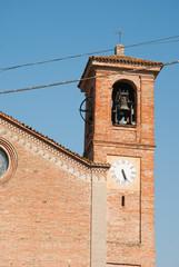 campanile della chiesa del borgo di Rivalta