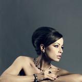 Fototapete Schmück - Jewelry - Frau