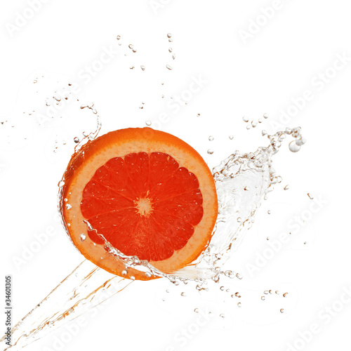 Water splash on grapefruit