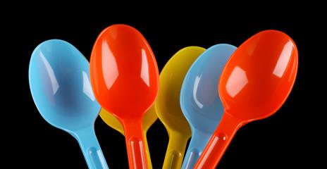 cucchiai plastica colorati - due