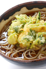 kakiage soba , japanese noodle dish