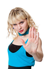 Blond stops the counter-gesture