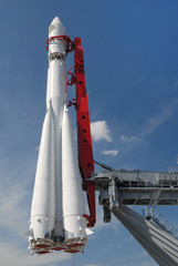 monument of space rocket