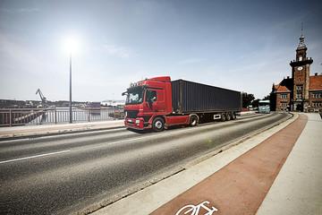 LKW in Fahrt mit Bewegungsunschärfe 3