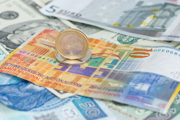 Euro steht ?