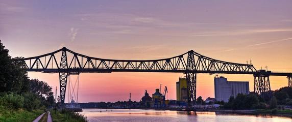 Eisenbahnbrücke Sonnenuntergang