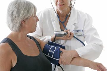 Seniors - Contrôle de la  tension artérielle,