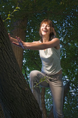 young lady fall on the tree